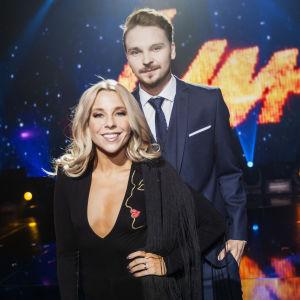 Krista Siegfrids och Roope Salminen leder Tävlingen för ny musik UMK