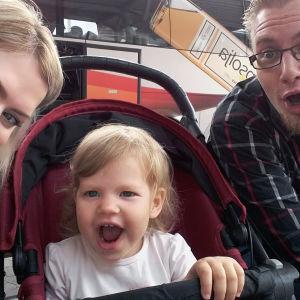 Heidin ja Antin tarina kerrotaan SuomiLOVEssa.