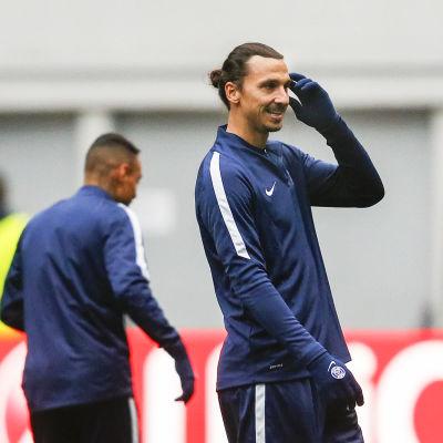 Zlatan Ibrahimovic vill sänka sin moderklubb.