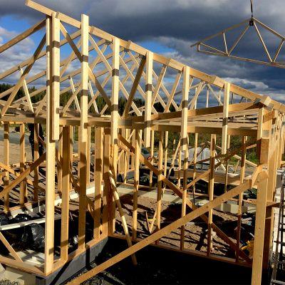 Pientalon rakennustyömaa Siilinjärven Toivalassa Pohjois-Savossa