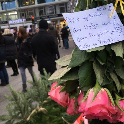 Berliini iskun muistotilaisuus.