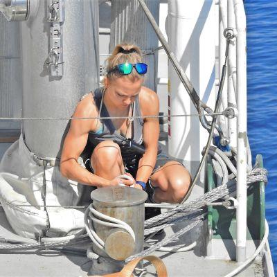 Karin Björk ombord på Rainbow Warrior