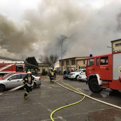 Räjähdys kaasuasemalla Itävallan Baumgartenissa.