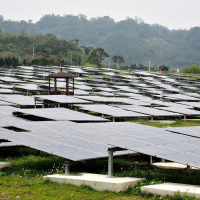 Aurinkokennoja Taiwanissa.
