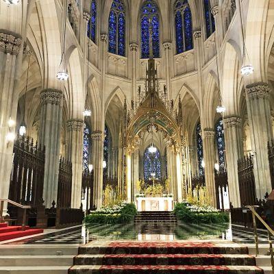 Pyhän Patrickin tuomiokirkko New Yorkissa.
