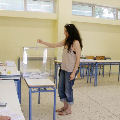 Ateenalaiset äänestävät eilen uudesta pormestarista ja lääninjohtajasta.