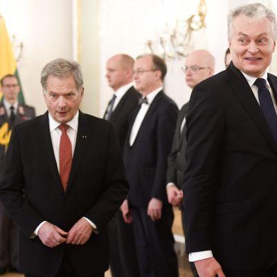 Sauli Niinistö ja Liettuan presidentti Gitanas Nauseda.