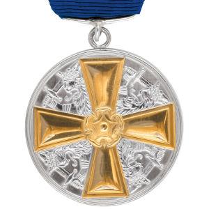 Medalj av I klass med guldkors av Finlands Vita Ros orden