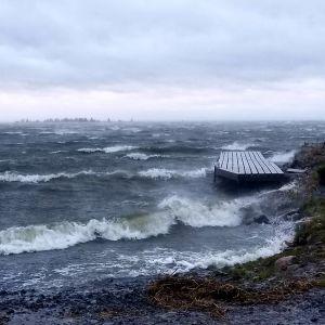 Svedjehamn i Björkö igår kväll (onsd.16.9) innan vinden ytterligare tilltog.
