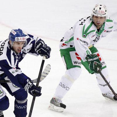 Vladimir Svacina (till vänster) och Kirill Koltsov (till höger).