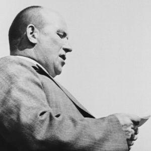 Vihtori Kosola puhuu Talonpoikaismarssilla heinäkuussa 1930