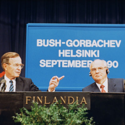 George Bush ja  Mikhail Gorbachev Helsingissä