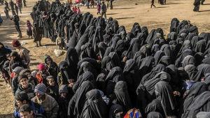 Flyktingar från IS Kalifatet.