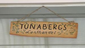 Skylt i Tunabergs serviceboende.