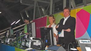 Jill Paulsson, EBU och Svante Stockselius som var ansvarig producent för ESC i Aten 2006.