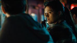 Krista Kosonen på bar någonstans i USAs sydstatslandsbygd i filmen Big Significant Things.