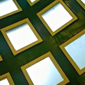 neliöitä vihreällä