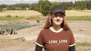Arkeologen Kristin Ilves har sedan år 2014 gjort utgrävningar i åländska Saltvik.