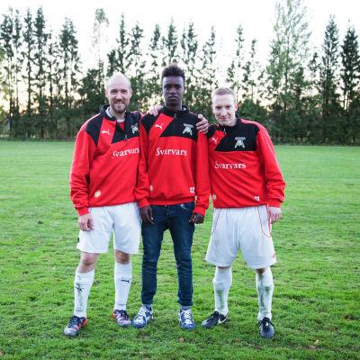Mikael Ahlskog, Jabril Olol Warsame och Tomas Knuts.