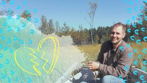 Jakke Holvas istuu veneessä ja hymyilee kameralle. Kuvaan lisätty graafisia elementtejä.