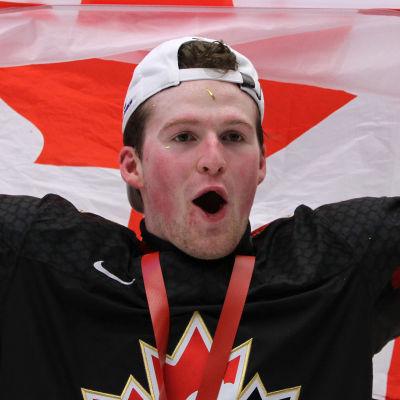 I början av året fick Alexis Lafreniere fira JVM-guld med sitt Kanada.