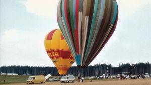Flyktballongen i Hof 1986. Bland annat Günter Wetzel flydde från DDR i ballongen.