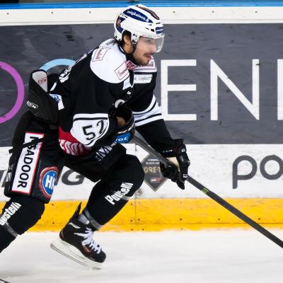 Ishockeyspelaren Camilo Miettinen, TPS