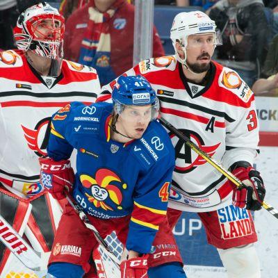 Jakub Kovar ja Denis Bodrov (Avtomobilist Jekaterinburg) ja Jokereiden Antti Pihlström