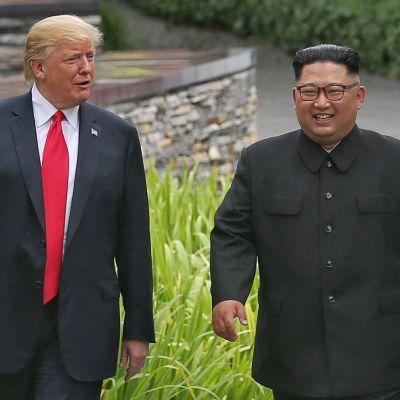 Yhdysvaltain presidentti Donald Trump ja Pohjois-korean johtaja Kim Jong-un