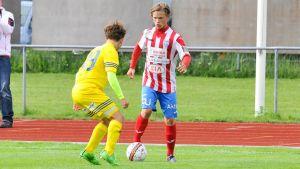 BK-46:s Tobias Fagerström i en match mot Klubi04 3.7.2016.