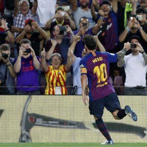 Lionel Messi jublar efter ett mål