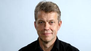 Ooperalaulaja, Svenska Kulturfondenin toimitusjohtaja Sören Lillkung