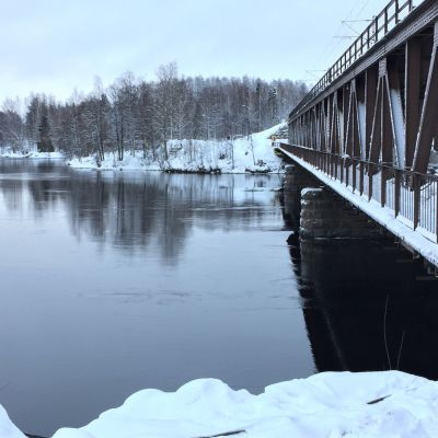Mansikkakosken silta Imatralla.