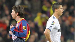 FC Barcelonas argentinska spelare Lionel Messi och Real Madrids portugisiska spelare Cristiano Ronaldo.