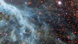 Stjärnhimmel sett genom teleskopet Hubble.