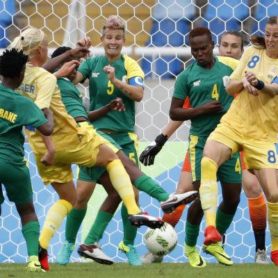 Sverige i OS i fotboll.