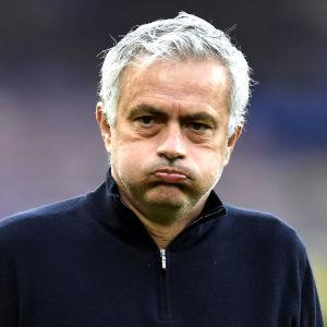 José Mourinho inför Tottenhams borta match mot Everton i fredags. Matchen slutade 2–2.