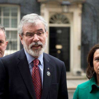 Kuvassa Gerry Adams ja Mary Lou McDonald vierekkäin.