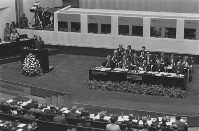 Pääsihteeri Leonid Brezhnev puhuu Finlandia-talossa Etyk-kokouksessa 1975