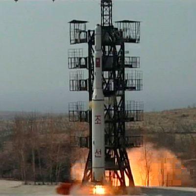 Arkistokuva. Kuvassa Unha-2 -raketin laukaisu huhtikuussa 2009.