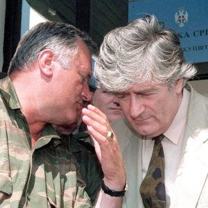Radovan Karadzic och Ratko Mladic