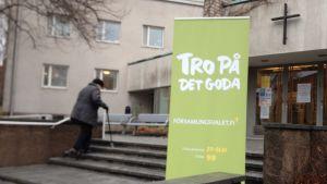 Församlingsval i Munksnäs kyrka 2014.