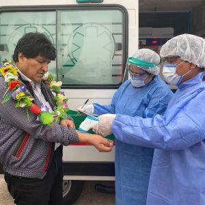 Morales terveystarkastuksessa ennen paluutaa kotiin