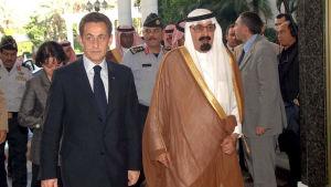 Saudiarabiens kung Abdullah och Nicolas Sarkozy år 2008.