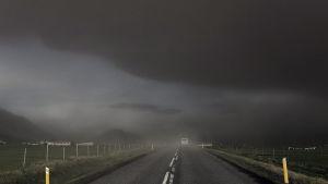 Aska förmörkade himlen under Eyjafjallajökulls utbrott år 2010