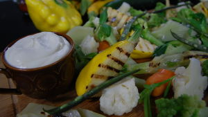 Grönsaker med kallrökt grädde