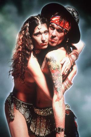 Andy ja Angela elokuvassa The Real McCoy (1999).