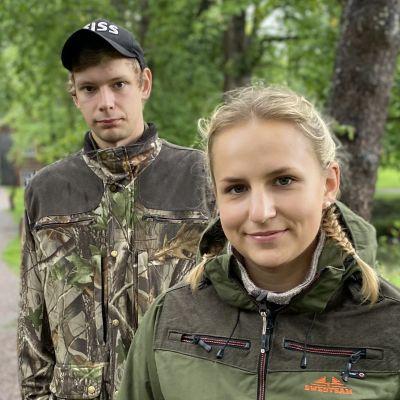 Wilhelmina Wadstein och Kim Rosenberg är intresserade av jakt.