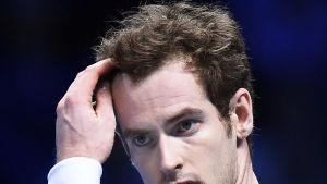 Andy Murrays lockar skapade problem i London.