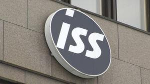 ISS logo på huvudkontorets fasad i Myrbacka